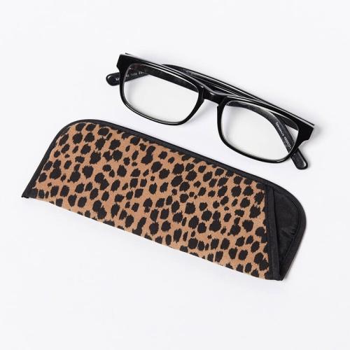 Single-Glasses-Slip-Pouch-Black-Cheetah