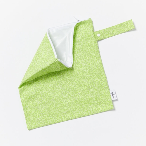 Wet-Dry-Bag-S-Bubbles-Lime-Open
