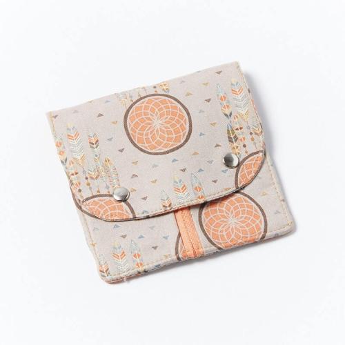 Fem-Pack-Apricot-Dreamcatcher-Closed