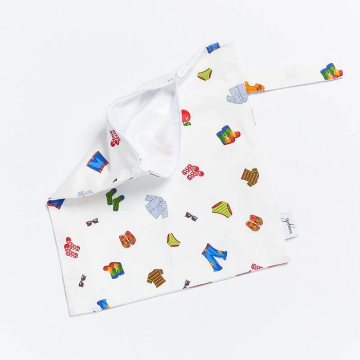 Wet-Dry-Bag-S-Socks-Open